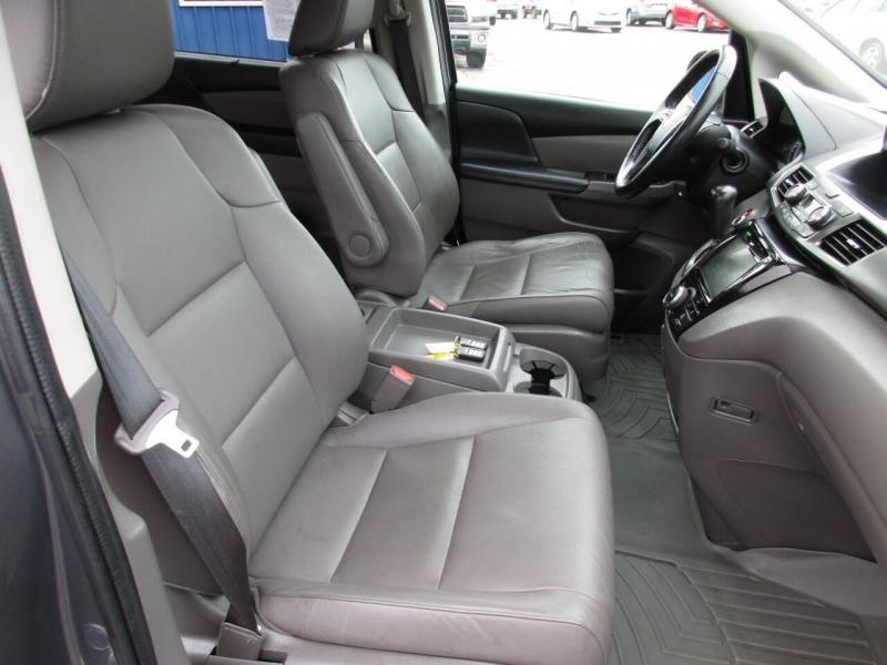 Honda Odyssey 2015 price $16,995