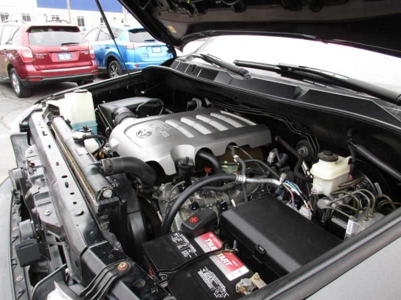 Toyota Tundra 2010 price $18,995