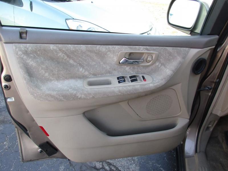 Honda Odyssey 2004 price $4,500
