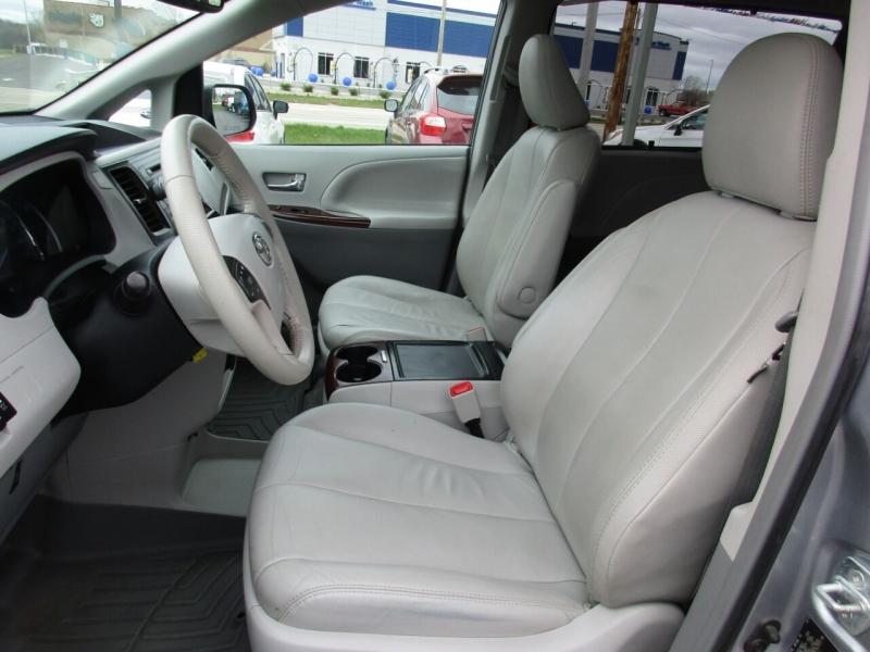 Toyota Sienna 2012 price $13,995