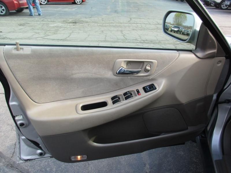 Honda Accord 1998 price $6,995
