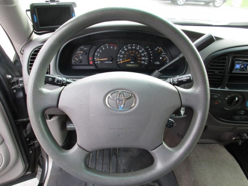 Toyota Tundra 2003 price $18,995