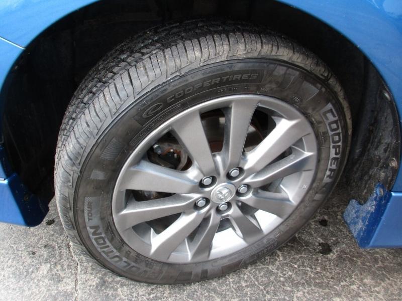 Toyota Corolla 2009 price $7,995