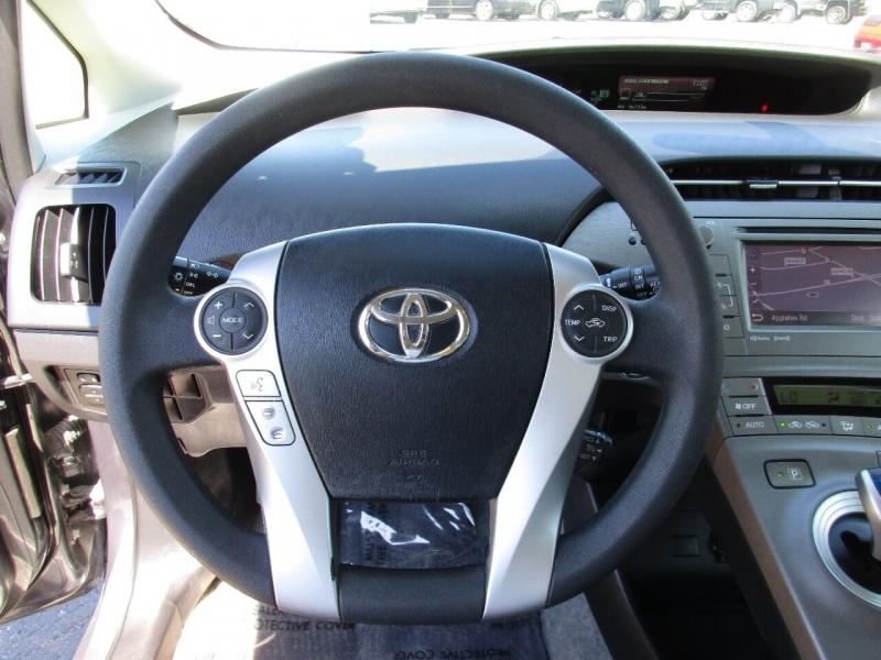 Toyota Prius 2015 price $14,995