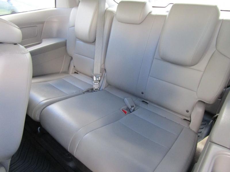 Honda Odyssey 2013 price $13,995