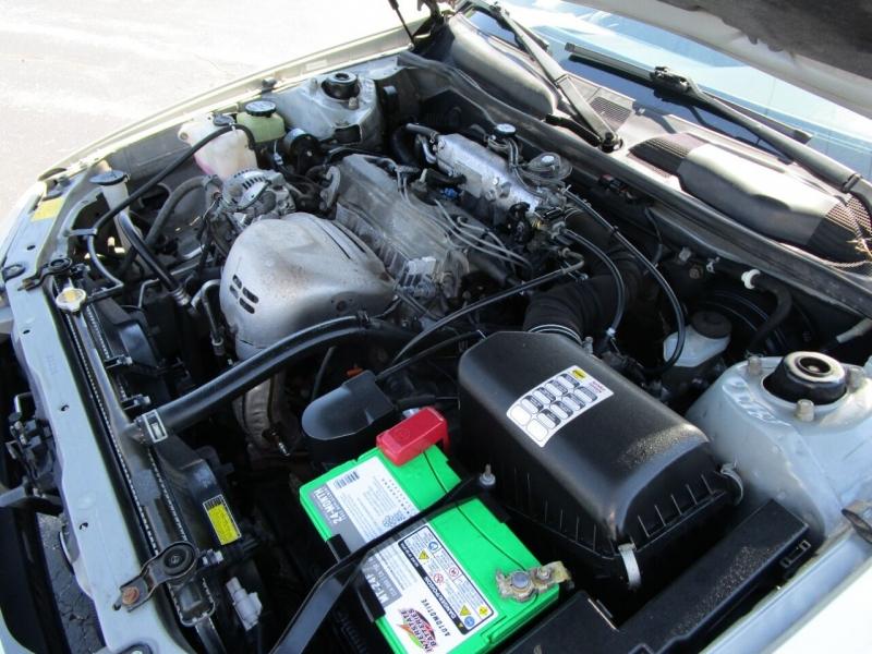 Toyota Camry 2000 price $5,995