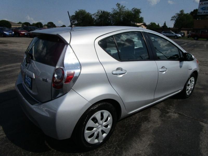 Toyota Prius c 2012 price $9,500