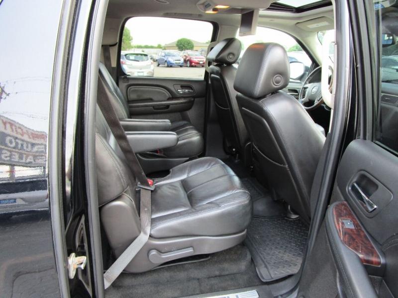 GMC Yukon XL 2008 price $19,995