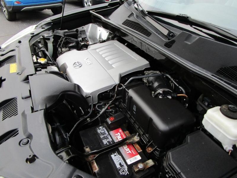 Toyota Highlander 2012 price $13,995
