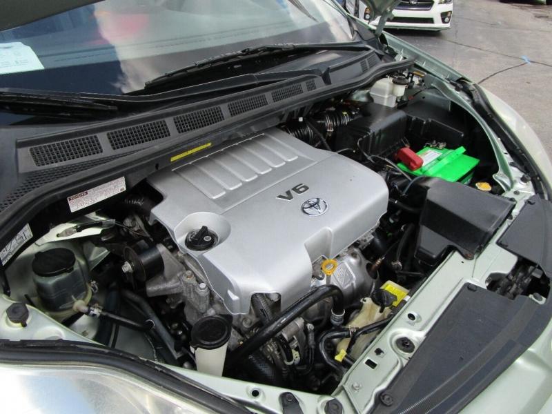 Toyota Sienna 2008 price $8,500