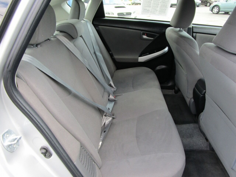 Toyota Prius 2013 price $12,500