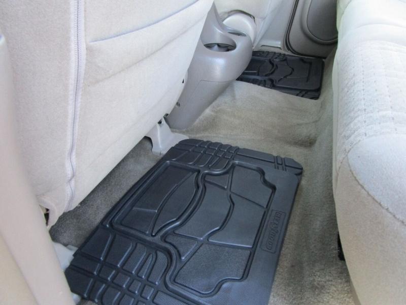 Toyota Tundra 2006 price $14,995
