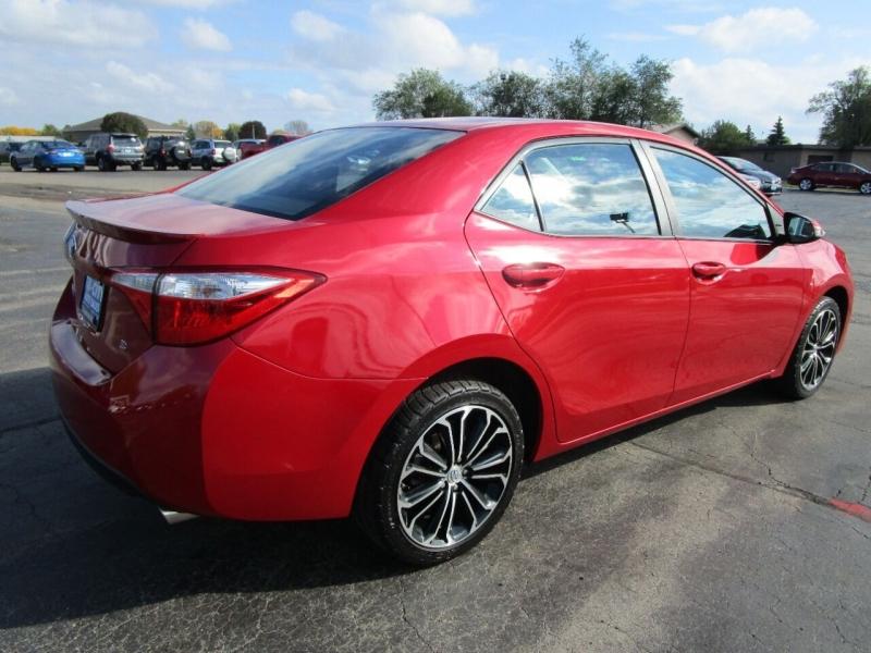 Toyota Corolla 2016 price $15,995