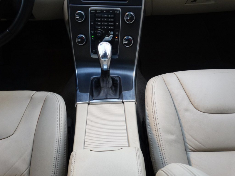 VOLVO S60 2013 price $7,990