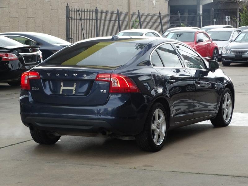 VOLVO S60 2012 price $7,990