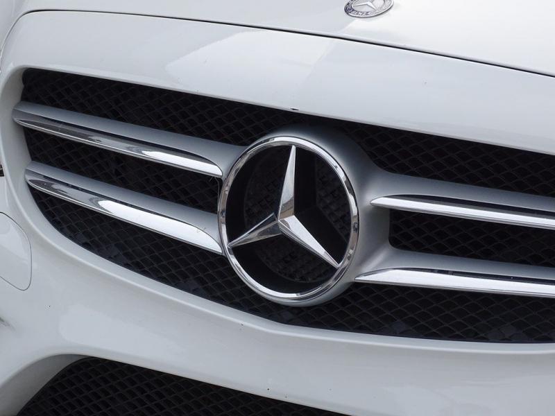 MERCEDES-BENZ C-CLASS 2015 price $23,990