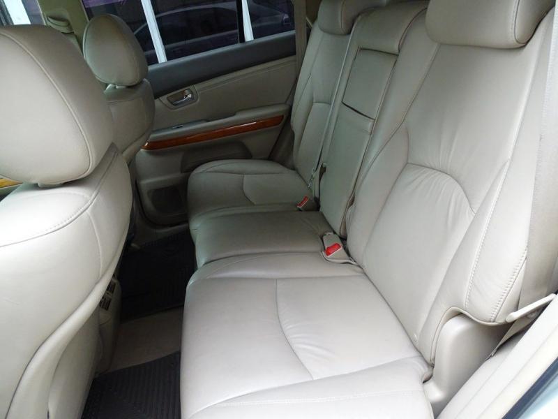 LEXUS RX 2005 price $7,990