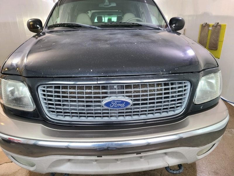 Ford Expedition 2002 price $4,900