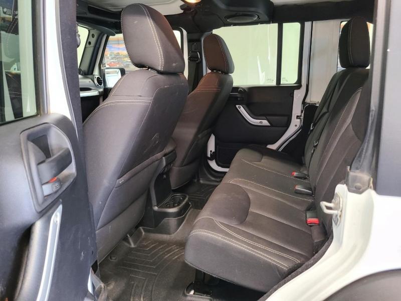 Jeep Wrangler Unlimited 2014 price $28,900