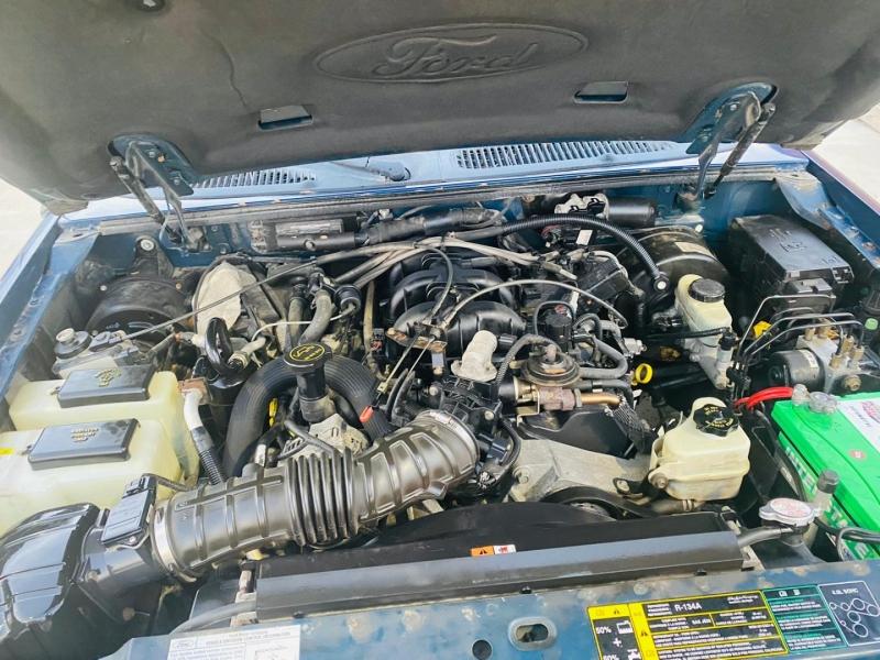 Ford Explorer Sport Trac 2005 price $6,995