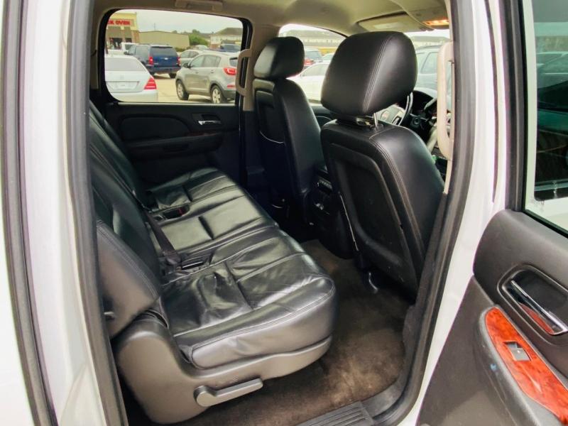 GMC Yukon XL 2013 price $9,995