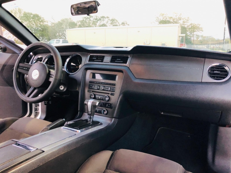 Ford Mustang 2012 price $8,995