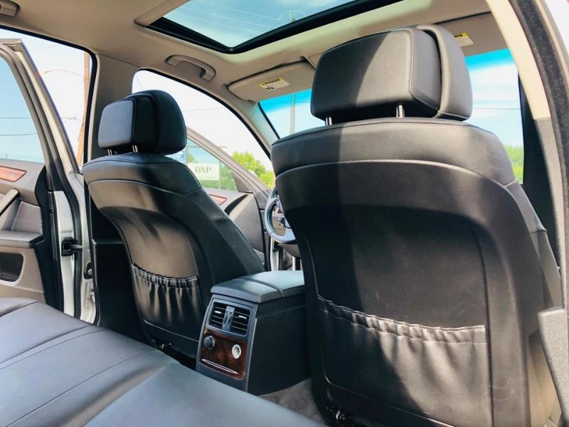 BMW 5-Series 2009 price $6,995