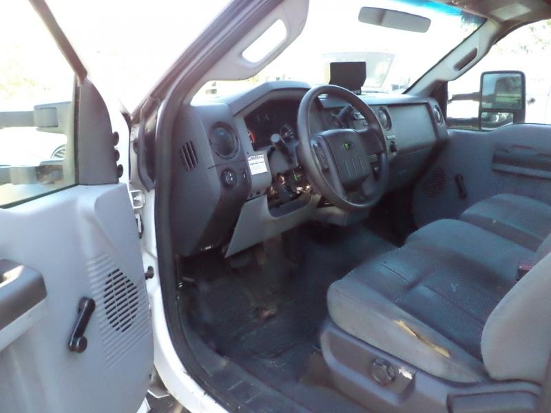 Ford Super Duty F-550 DRW 2011 price $6,450