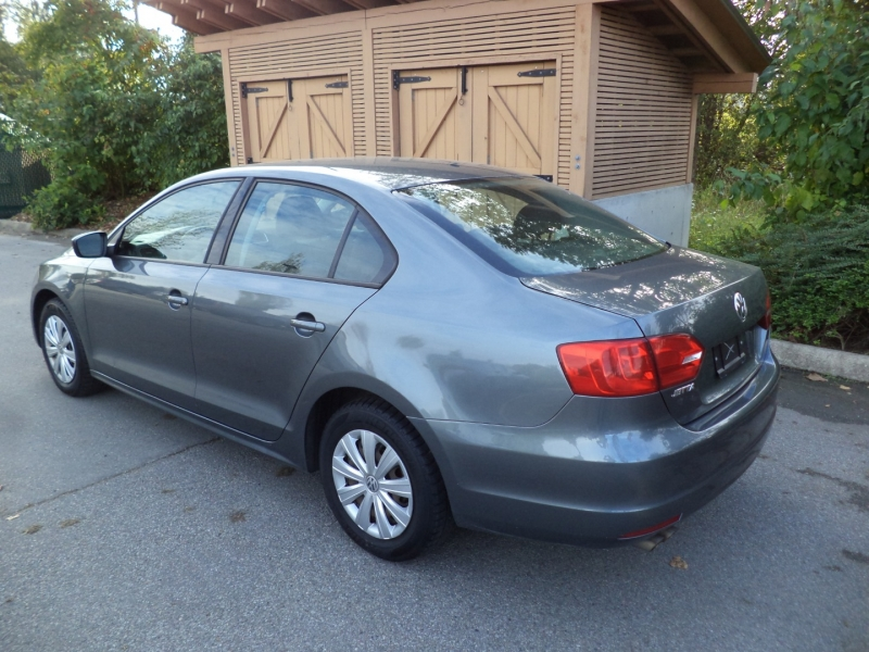 Volkswagen Jetta Sedan 2012 price $6,950
