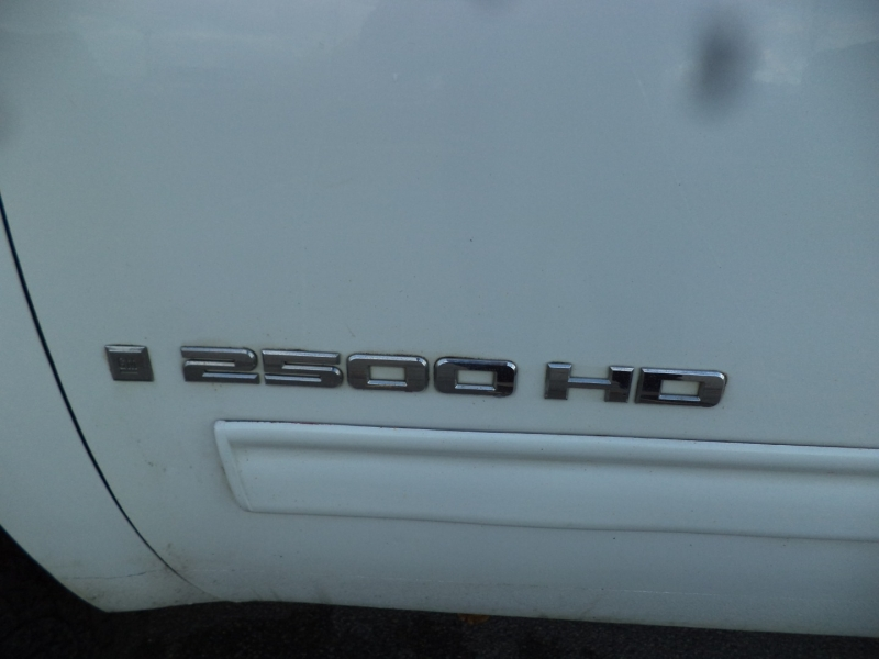 GMC Sierra 2500HD 2008 price $10,950