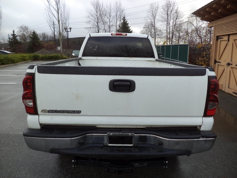 Chevrolet Silverado 2500HD 2005 price $7,950
