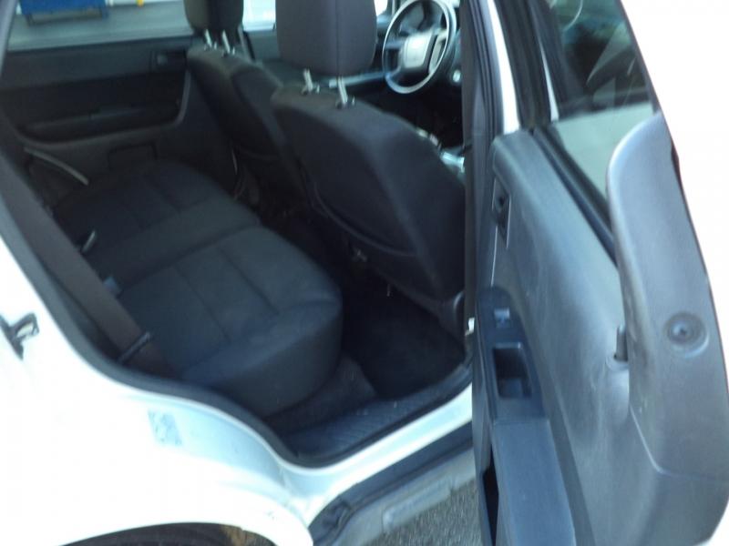 Ford Escape 2010 price $3,450