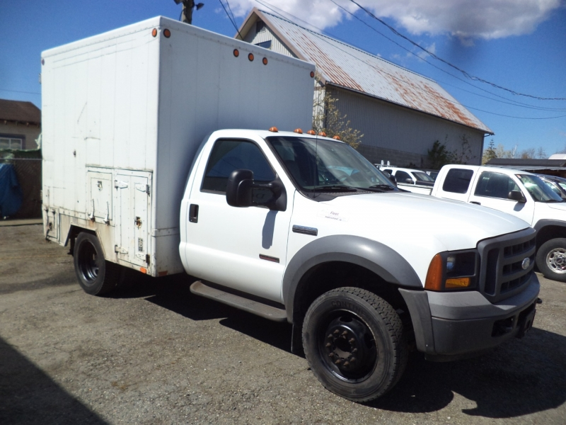 Ford Super Duty F-450 DRW 2005 price $9,950