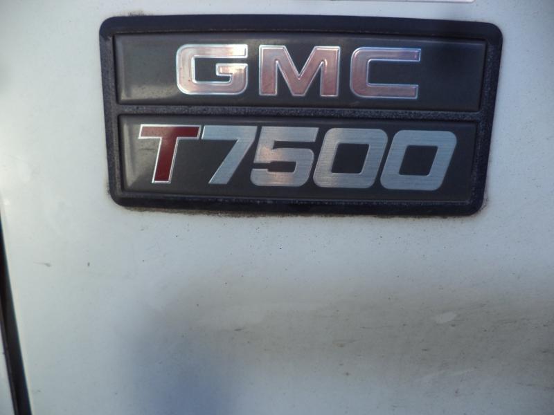 GMC T7500 2006 price $23,450