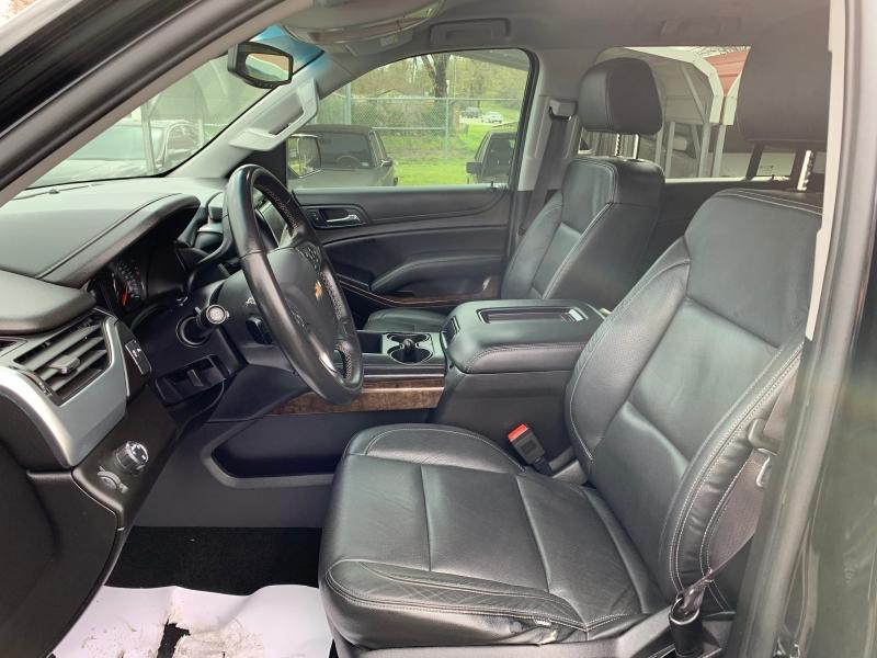 Chevrolet Suburban 2016 price $21,995