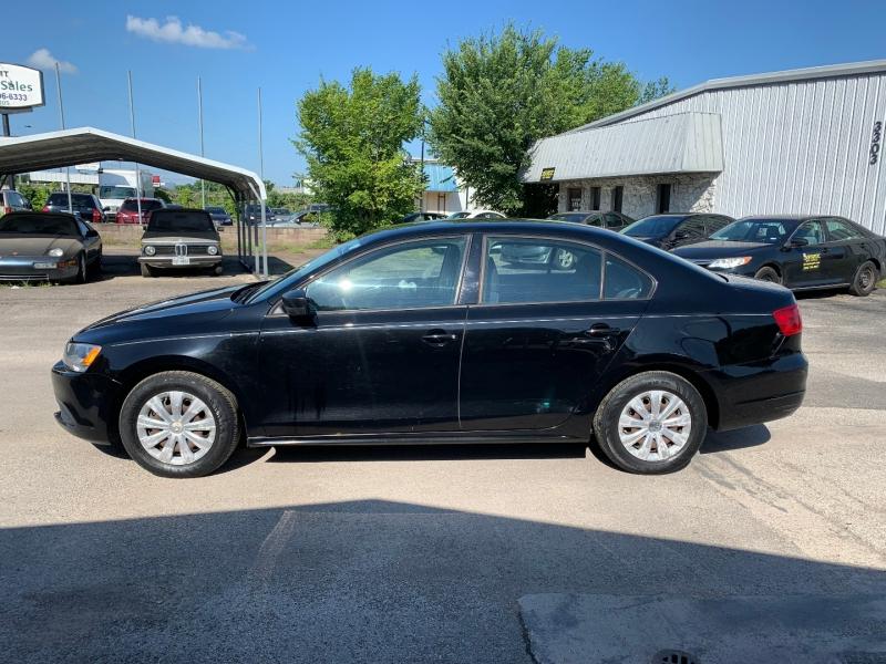 Volkswagen Jetta 2012 price $6,995