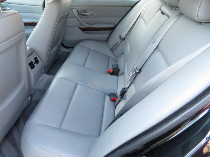 BMW 3-Series 2010 price $7,490