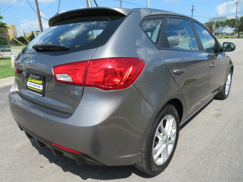 Kia Forte 5-Door 2012 price $6,850