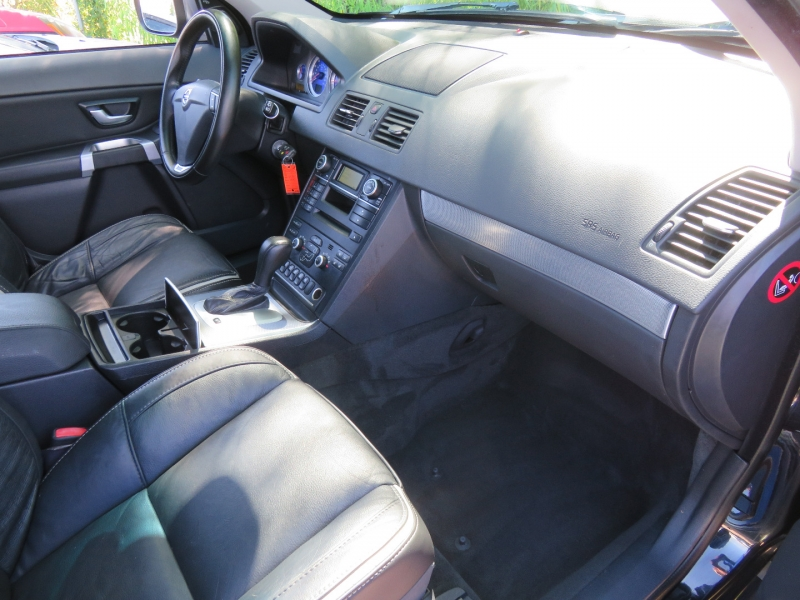 Volvo XC90 2011 price $6,850