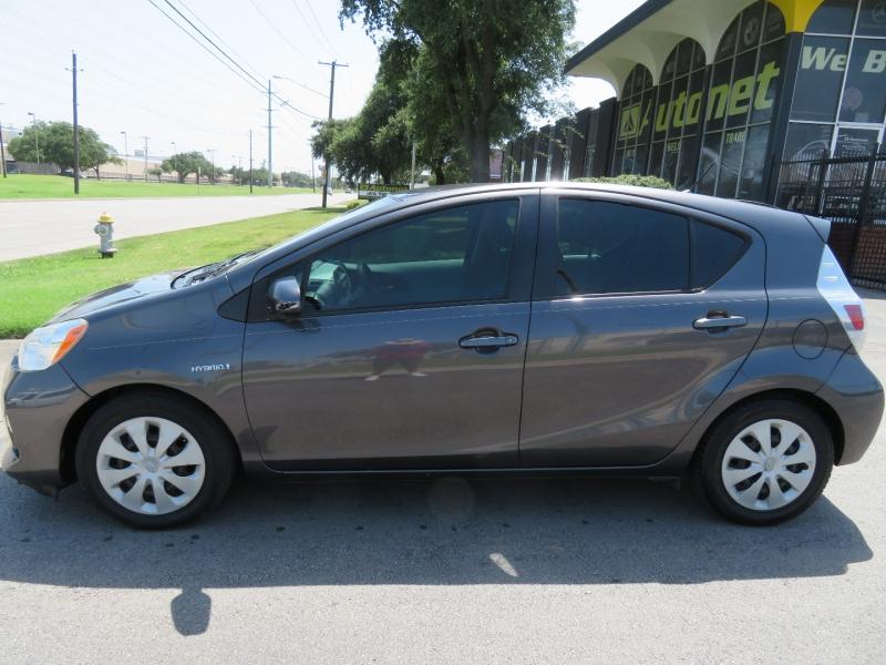 Toyota Prius c 2012 price $6,850