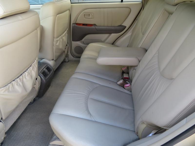 Lexus RX 300 2000 price $4,950
