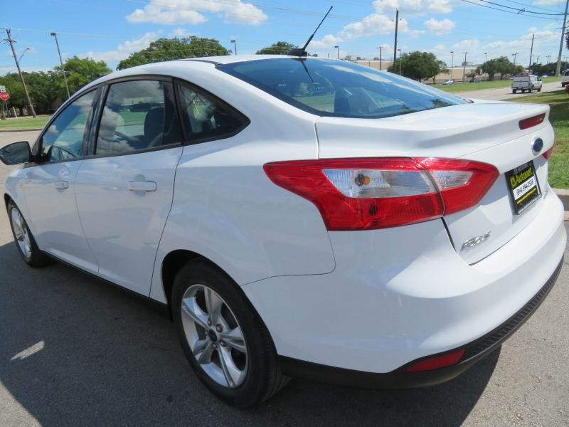 Ford Focus 2013 price $5,950