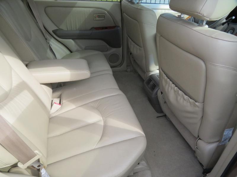 Lexus RX 300 Luxury SUV 1999 price $4,950