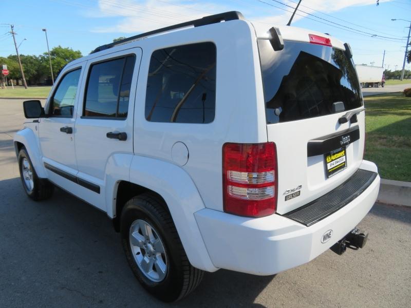 Jeep Liberty 2012 price $6,980