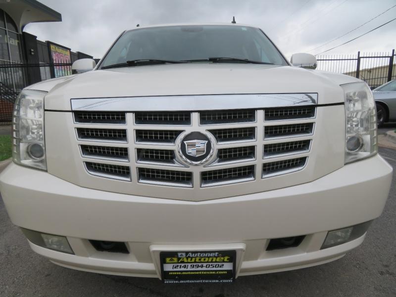 Cadillac Escalade 2007 price $8,995