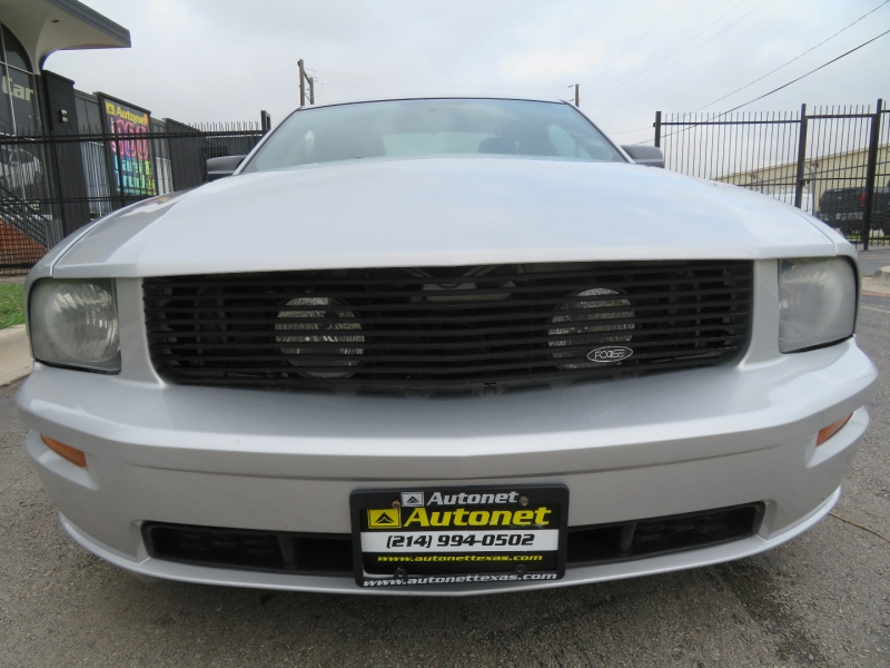Ford Mustang 2006 price $8,980