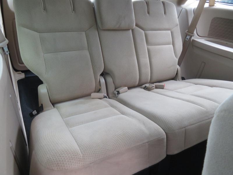 Dodge Grand Caravan 2016 price $9,490