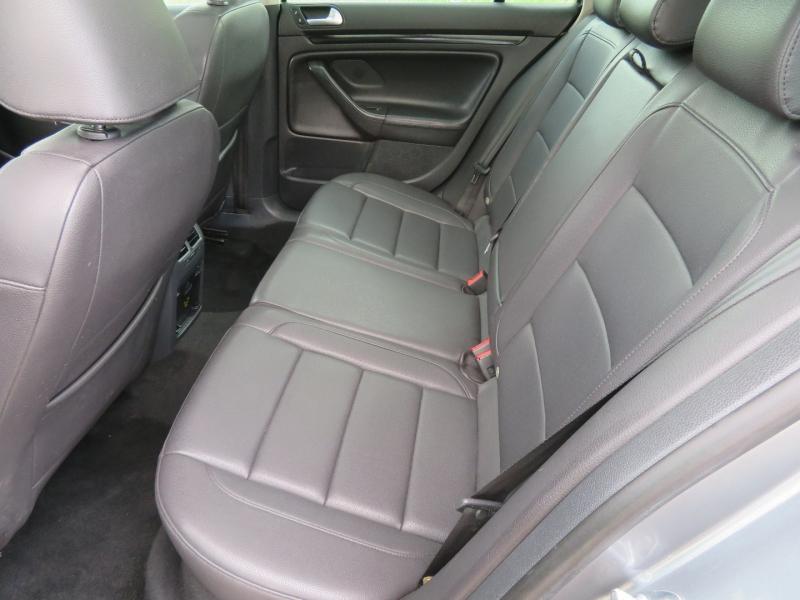 Volkswagen Jetta SportWagen 2011 price $7,999