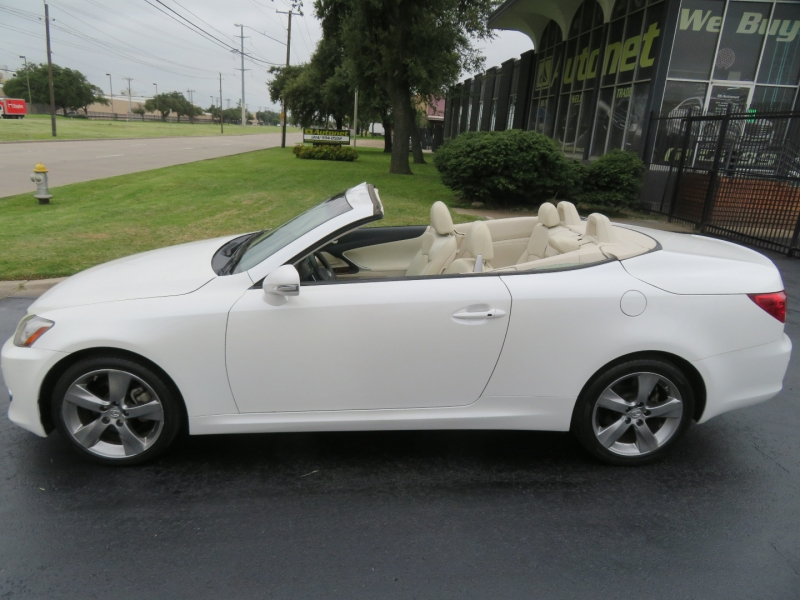 Lexus IS 250C 2010 price $14,980