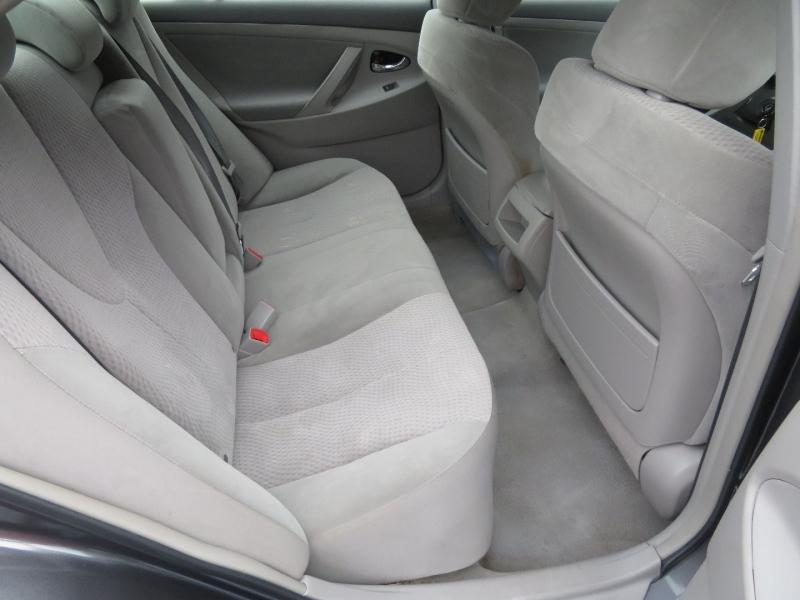 Toyota Camry 2011 price $8,980